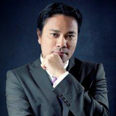 Pinoy PRO – Celebrating the Professional Filipino