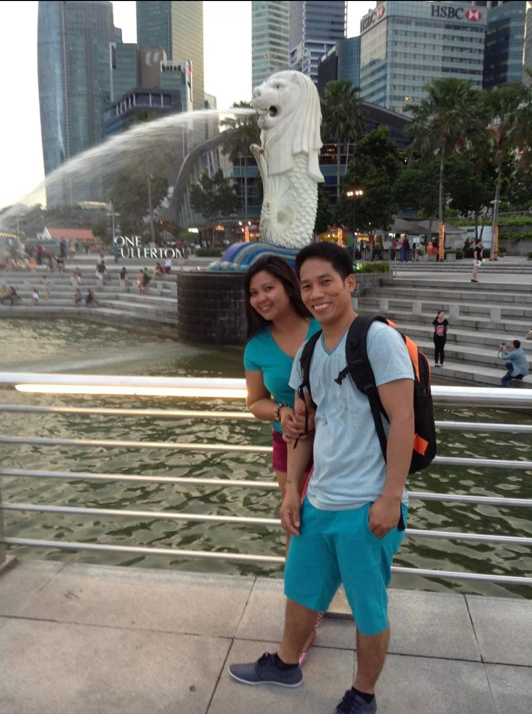 シンガポールのフィリピン女子
