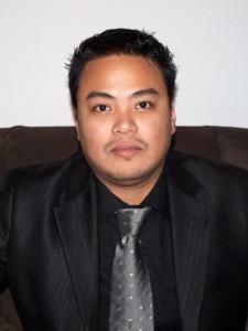 Raymund Macaalay - Angsarap.net