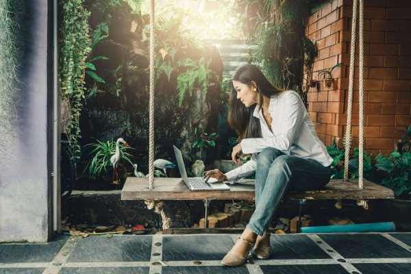How to Be You, Po? Finding Your True Self in The Age of Social Media